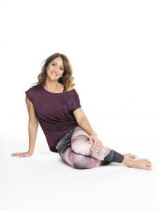 Hidvégi-Andi-Tréning-helyes-testtartás-edzés-alapjai-pilates-fogyás-cél-40felett